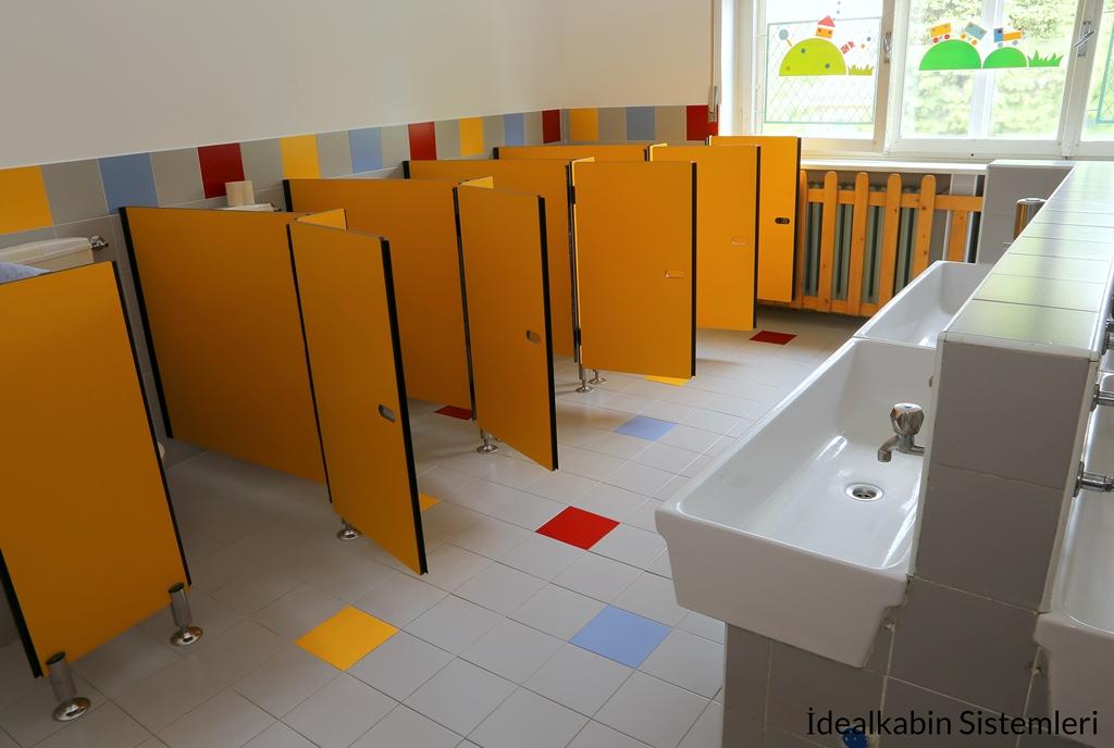 Okul Tuvaletlerini Temiz ve Kullanışlı Tutmanın 10 Yolu: İkinci Bölüm
